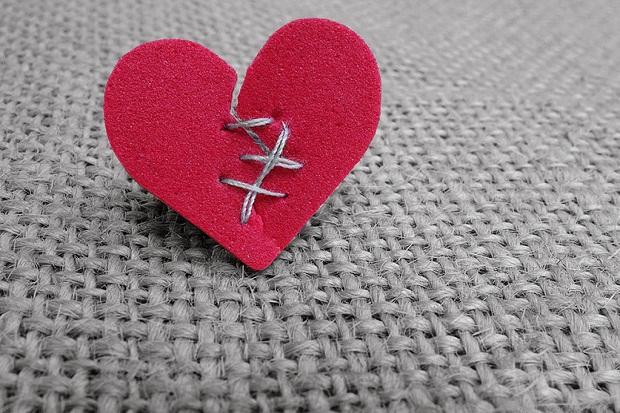 Patah Hati Bisa Membuat Penyakit Fisik