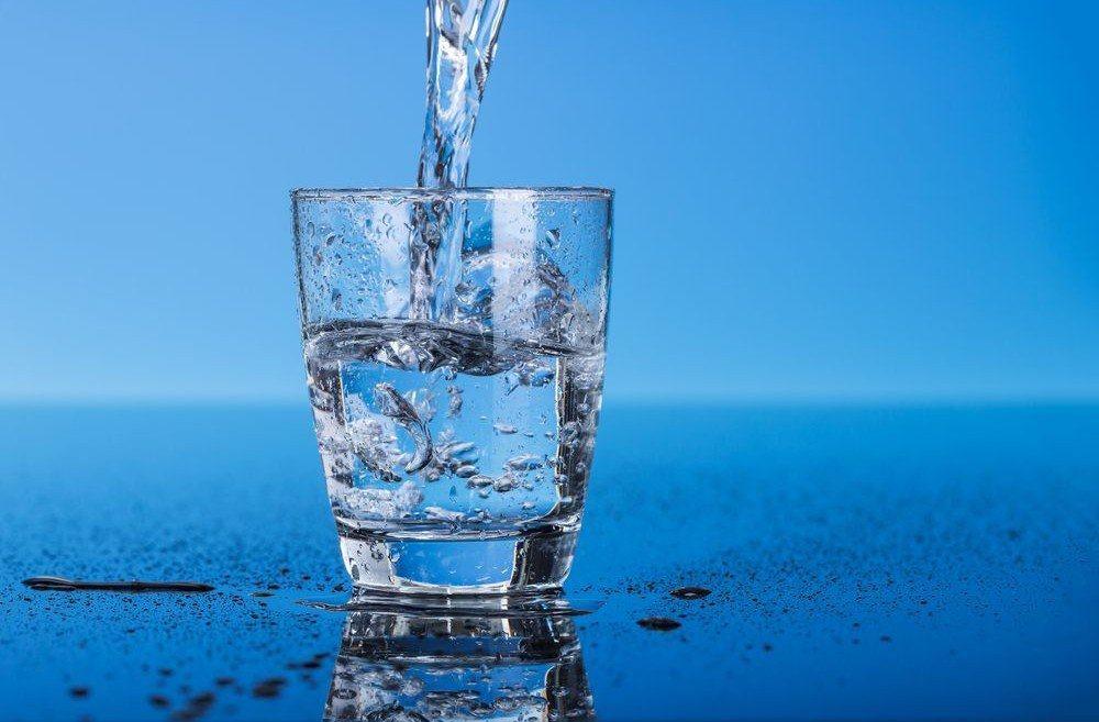 Manfaat Luar Biasa Air Putih Bagi Kesehatan